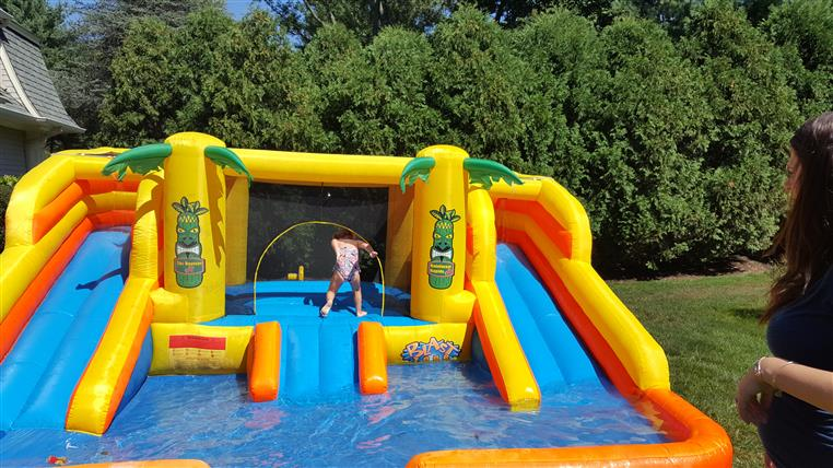 Inflatable pool playset