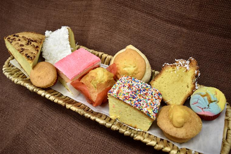 assorted Matecadas breads