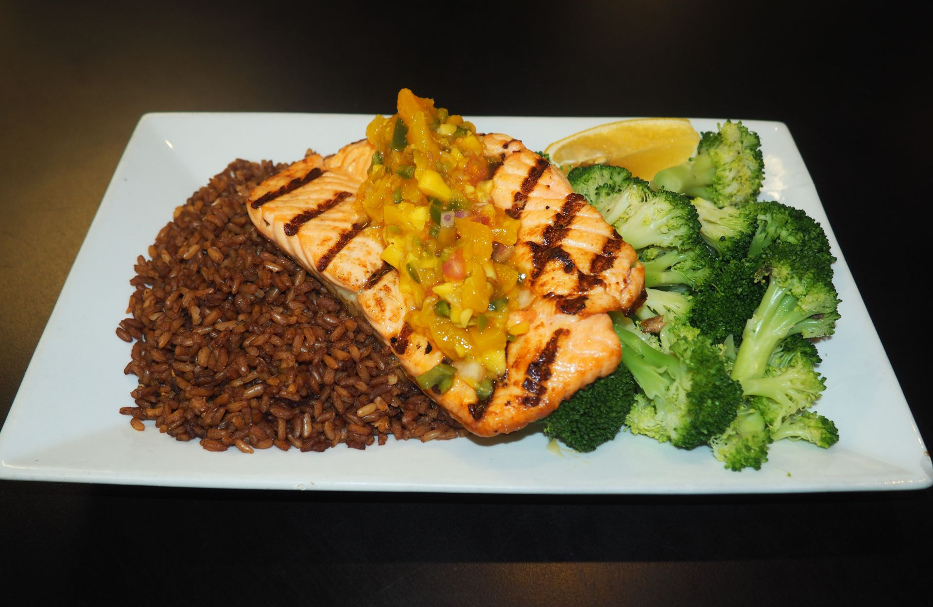 Grilled salmon with mango salsa, brown rice and broccoli