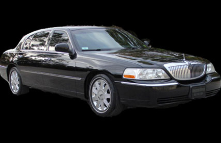 ---- Lincoln Town Car_outside (large)