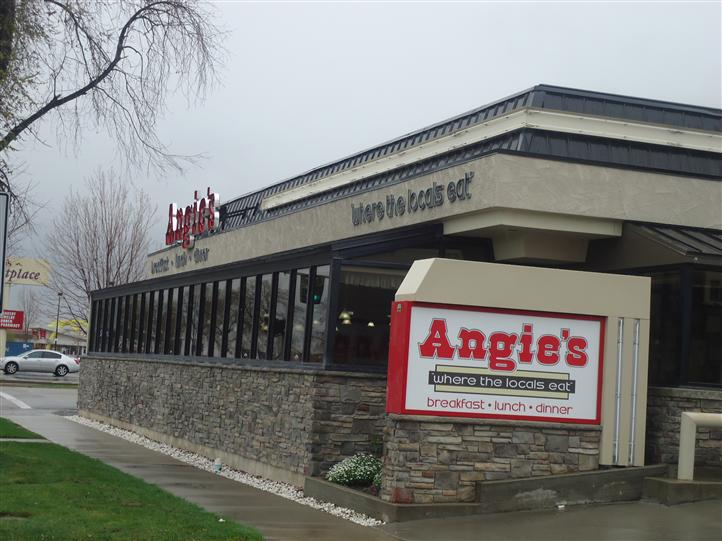 Front entrance of angies with sign