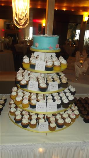 cupcake display with 5 different tiers