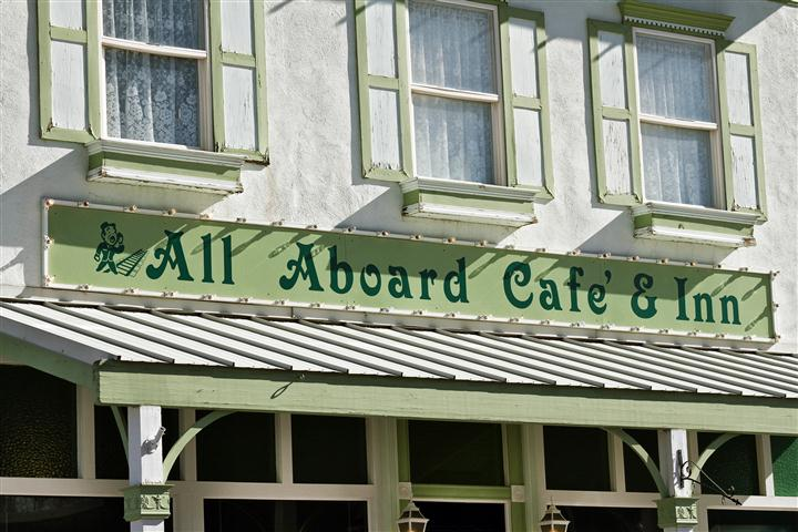---- All Aboard Cafe & Inn Artwork logo (large)