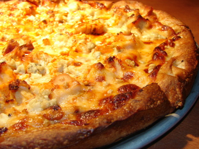 ---- Buffalo Chicken Pizza1.JPG (large)