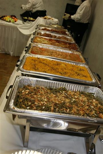 Catering trays with sides
