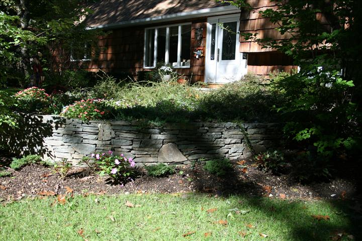 WALL-LANDSCAPING