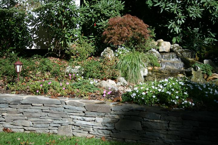 WATERFEATURES-LANDCAPING-WALLS