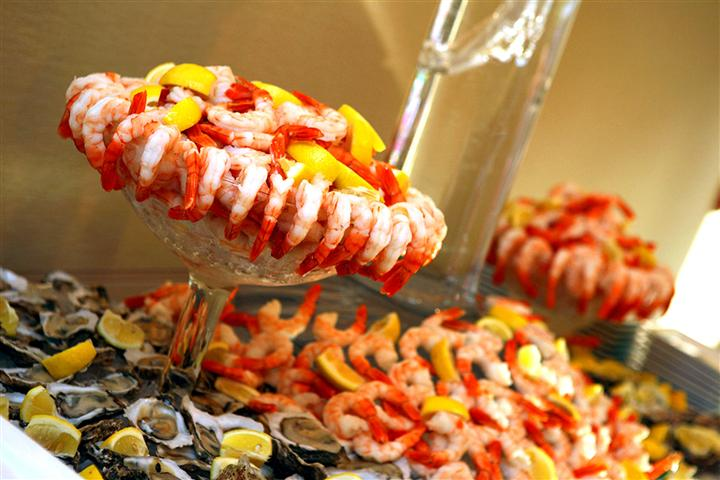 Cocktail shrimp trays