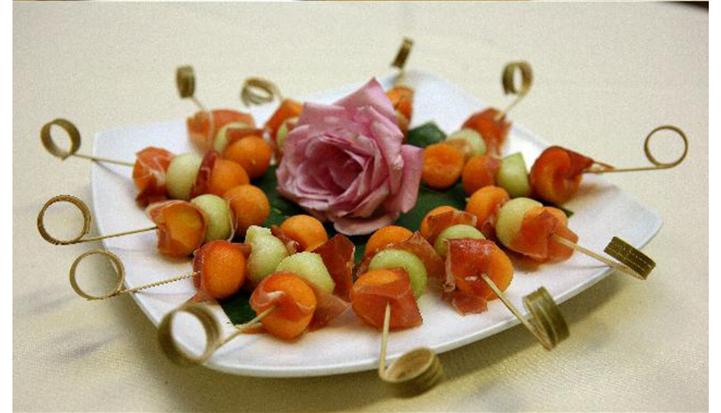 Skewers appetizers tray