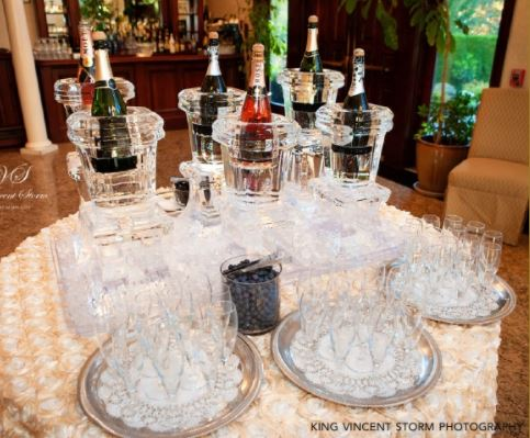A Champagne buffet with shampagne glasses
