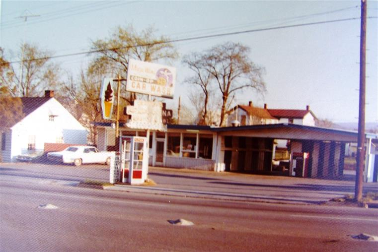 Melting Pot Pizza Store Front With Sign 1975