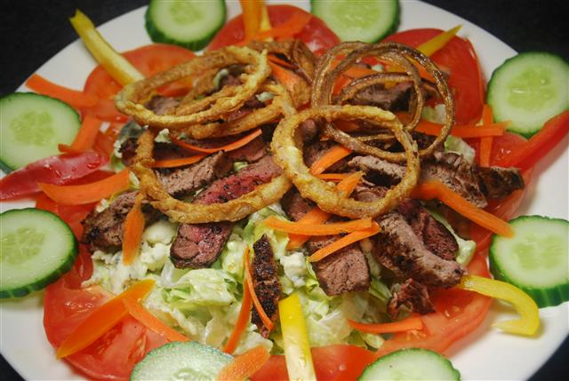 salad with beef and vegetables