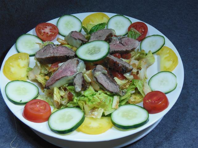 salad with vegetables and beef