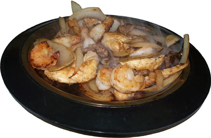 skillet with shrimp and onions