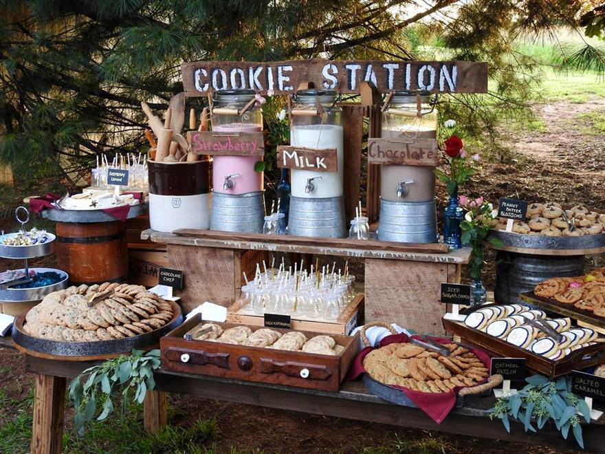 Close up picture of cookie station display