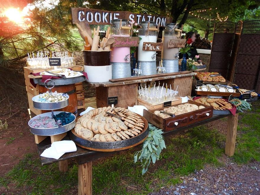 cookie station display