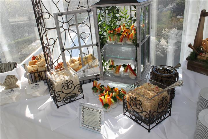 Hors d'oeuvres and vegetables in elegant casings and containers