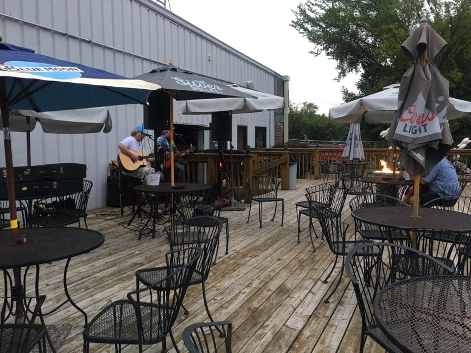 live band playing on the outdoor patio