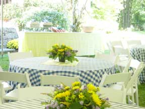 table outside with flowers in the middle