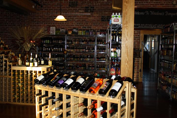 ---- Winslow's Beer and Wine Market (large)