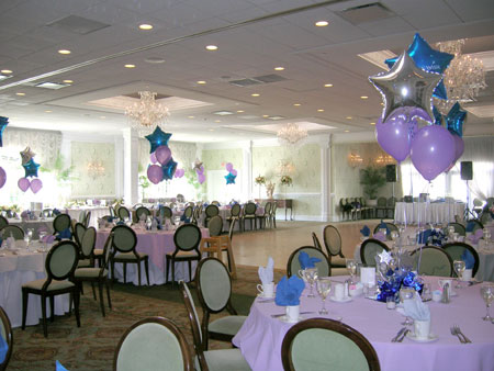 banquet room with ballons