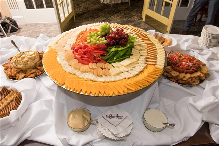 large round buffet tray