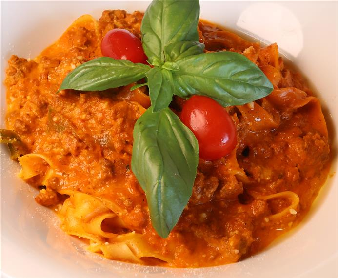 papperdelle pasta with meat sauce