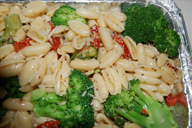 Penne, with broccoli and sundried tomatoes