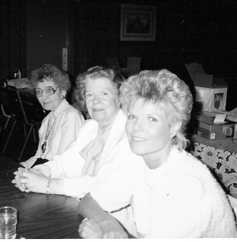 Vintage photo of three women sitting at a table at Archie's Waeside
