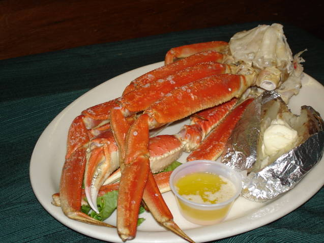 Crab legs with butter dipping sauce