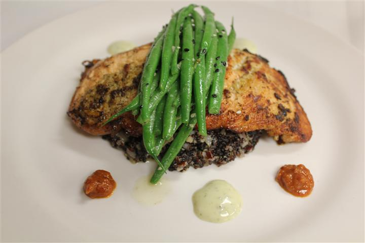salmon topped with green beans