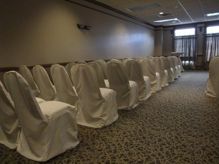 Set chairs with cloth