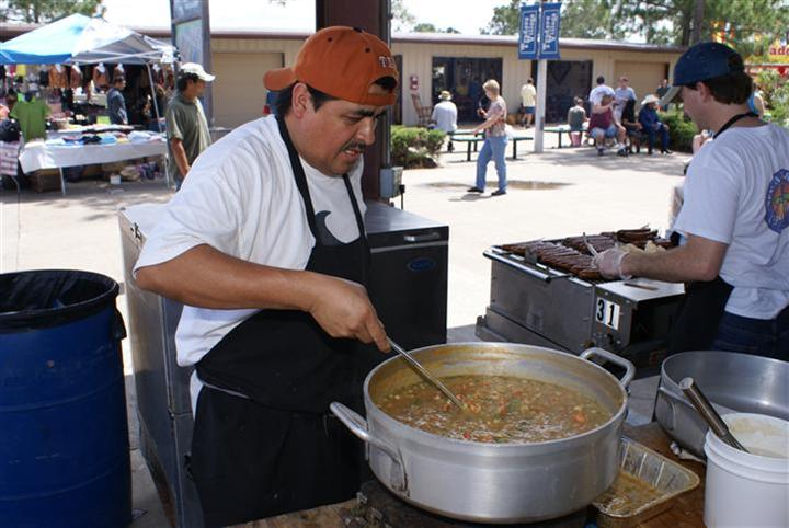 Cooking Up Amazing Gumbo at the traders village crawfish bayoux festival houston