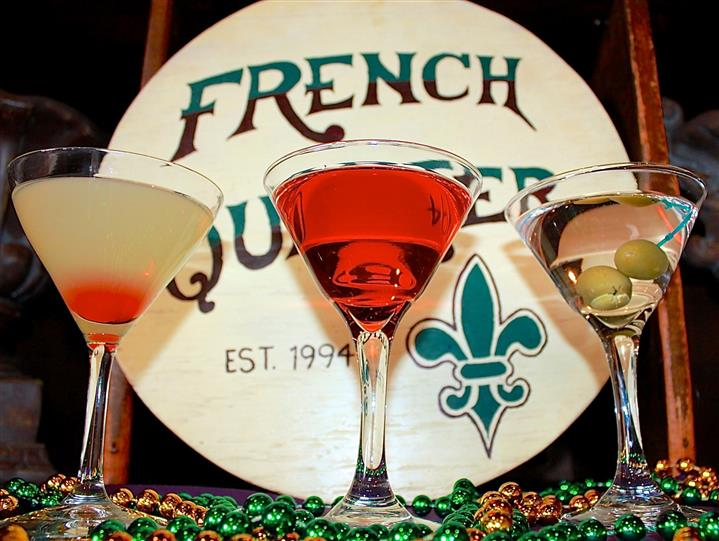 drinks with french quarter sign