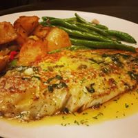 seafood entree with potatoes and green means