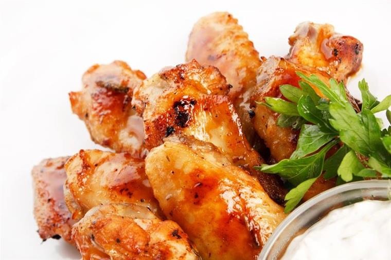 Chicken Wings with bleu cheese dipping sauce