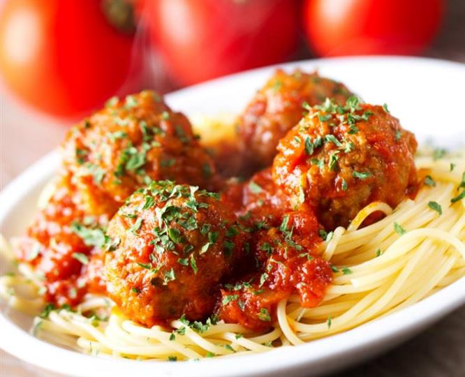 Spaggeti with Marinara sauce & 4 Meatballs