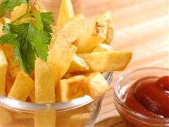 ---- French Fries & Ketchup in glass bowls_71790601 (large)