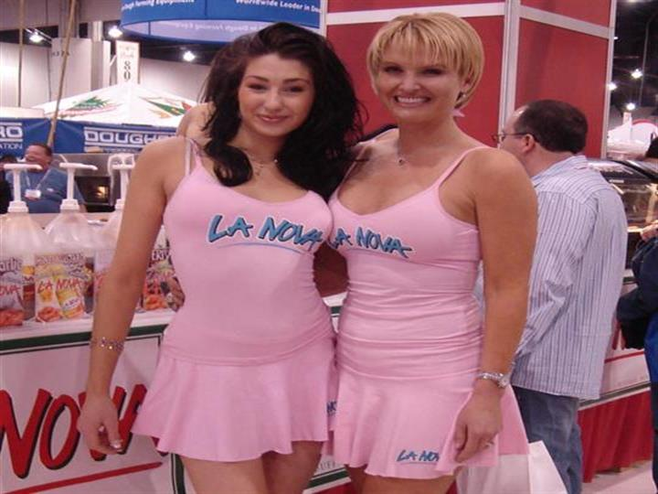 La Nova models posing for photo at food show