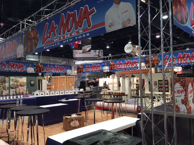 La Nova Wings station at food show