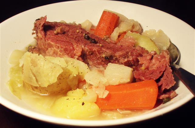 beef pot roast with carrots and potatoes