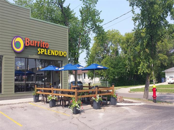 Burrito Splendido outdoor seating under umbrellas