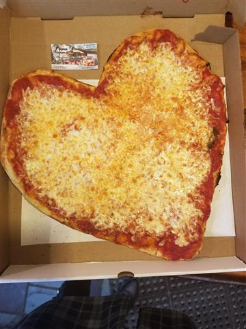 HEART SHAPE PLAIN PIZZA.jpg