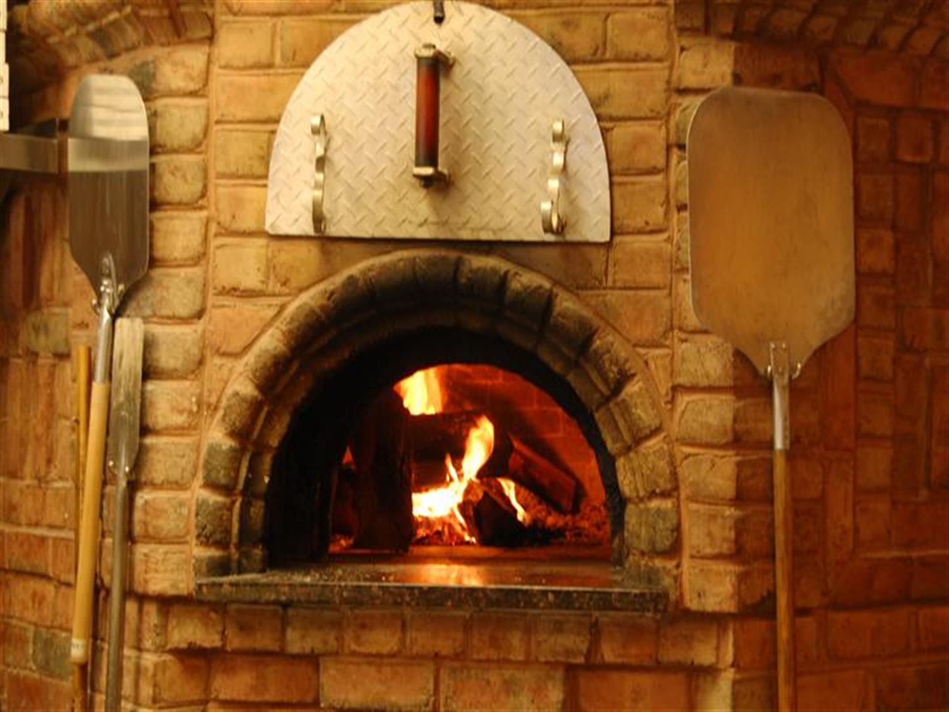 interior brick fireplace oven of spuntinos