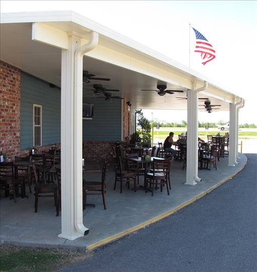 Outdoor seating at the restaurant