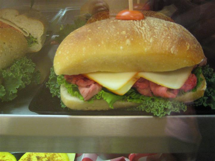 Sandwich with thick slices of bread