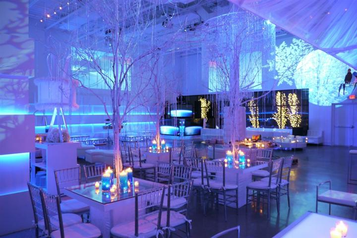 haute durvo venue hall with a decorative winter theme