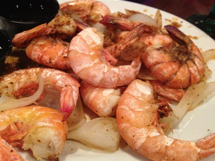 Grilled Shrimp served with sauteed garlic