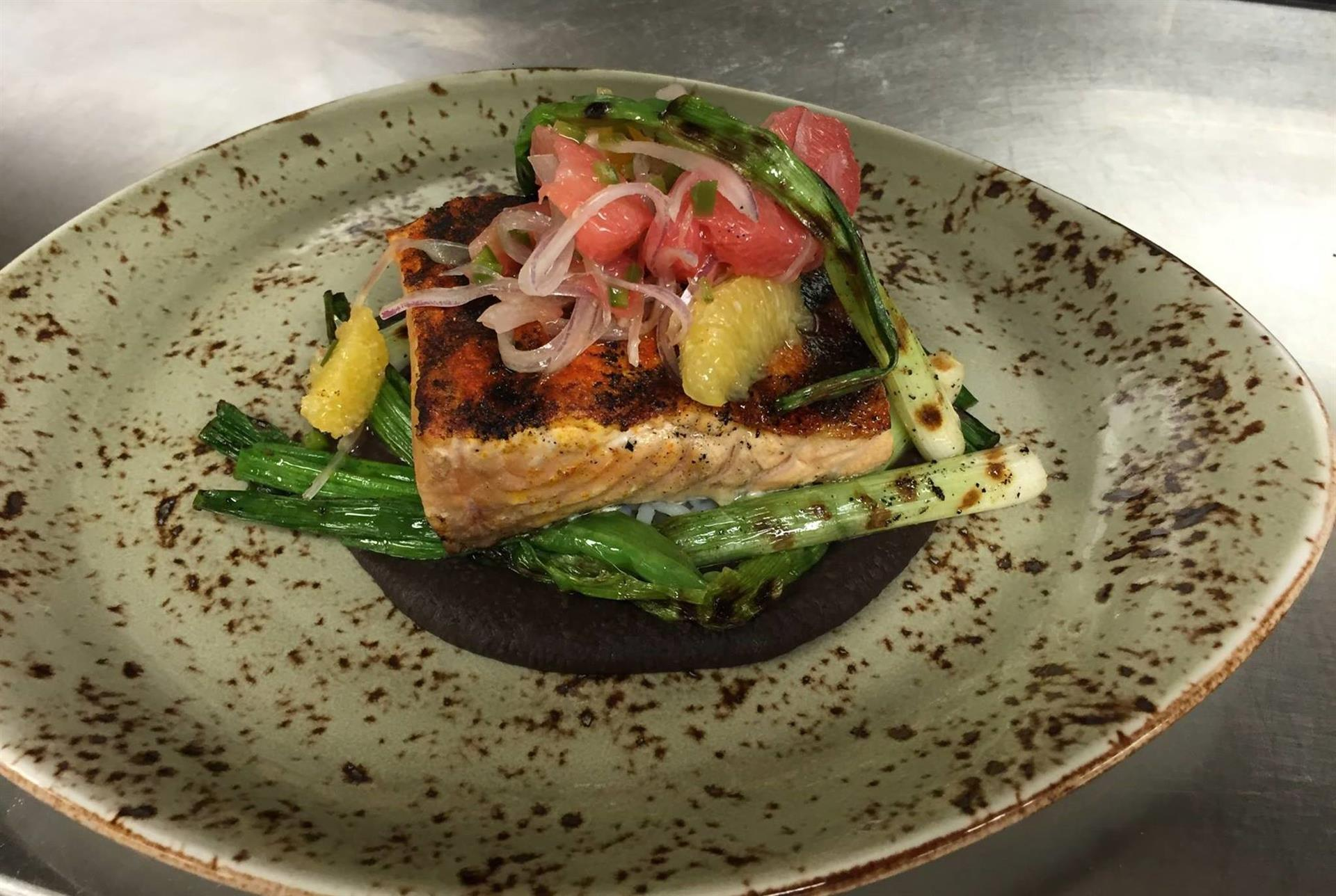 Salmon topped with asparagus
