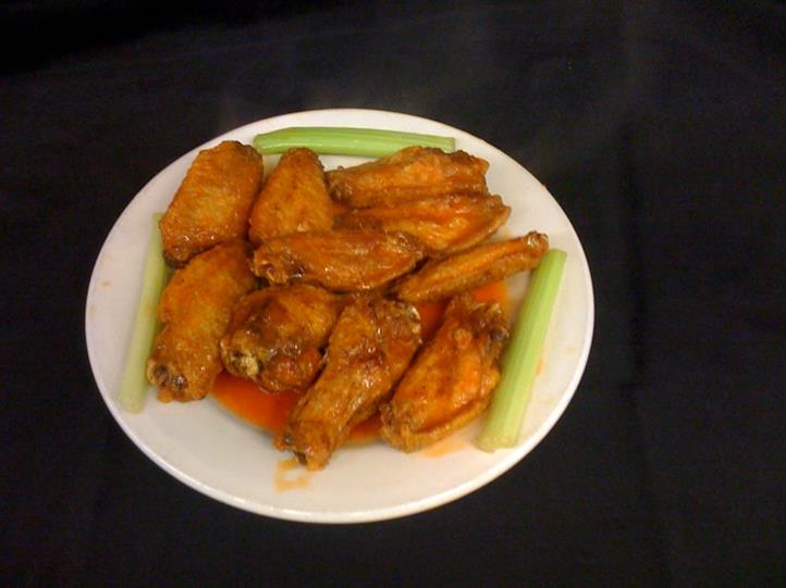 Hot wings with celery